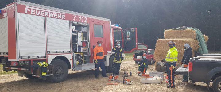 Übung Freiwillige Feuerwehr Osburg – Arbeiten mit der Motorsäge
